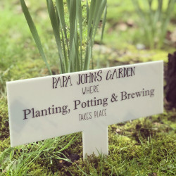 image of acrylic garden sign