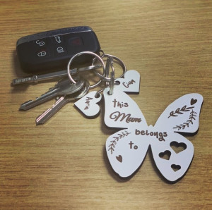 Personalised belongs to..Butterfly Keyring  *NOT GUARANTEED FOR MOTHERS DAY!! *