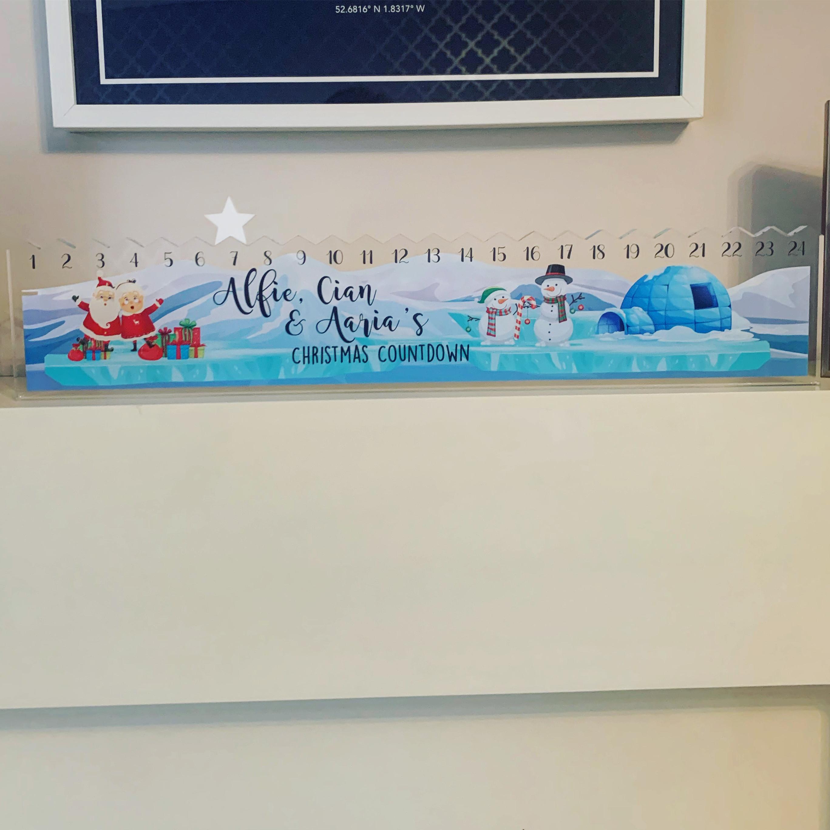 Personalised Freestanding Santa Themed Countdown Sign