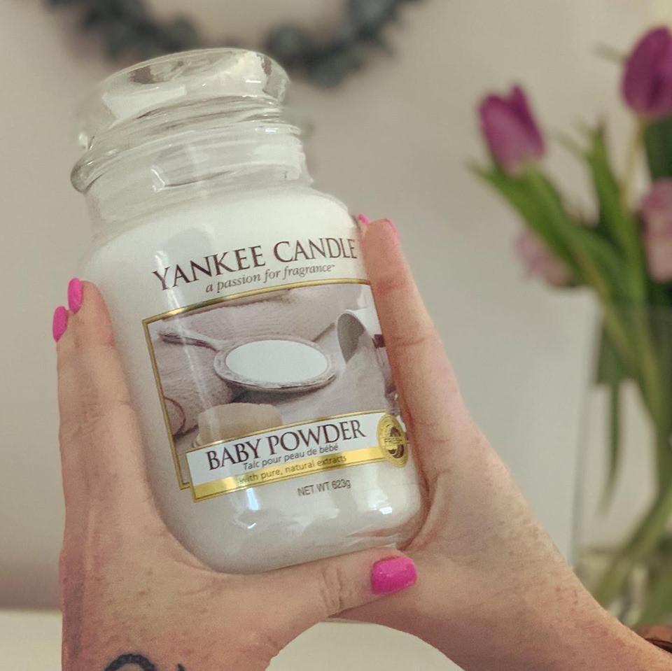 Yankee Candle® Large Jar Candle - Baby Powder