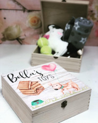 Image Of Personalised Pet Treat Box