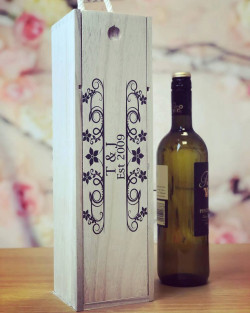 Image of Personalised Floral Wooden Wine Box