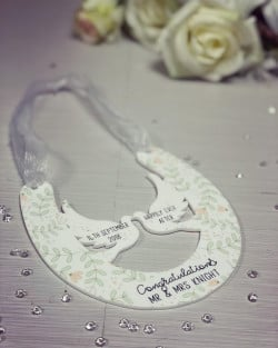 NEW Personalised Hanging Wedding Horseshoe Plaque - Green Leaf Theme