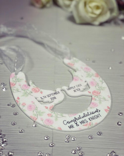 Image of personalised wedding horseshoe plaque