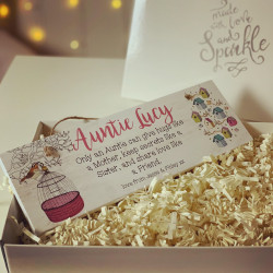 Image of personalised auntie hanging plaque