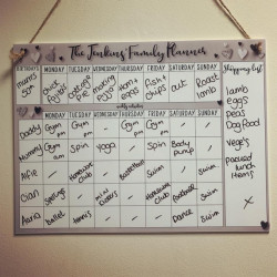 Personalised Hearts Design Family Hanging Planner With FREE PEN!