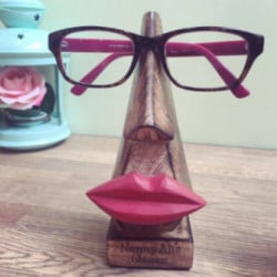 Image of Personalised Big Lips Glasses Holder