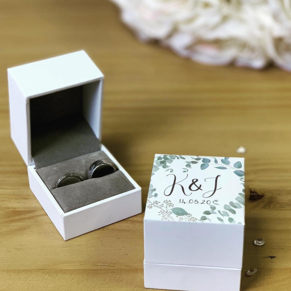 Image Of White Ring Box Floral Design