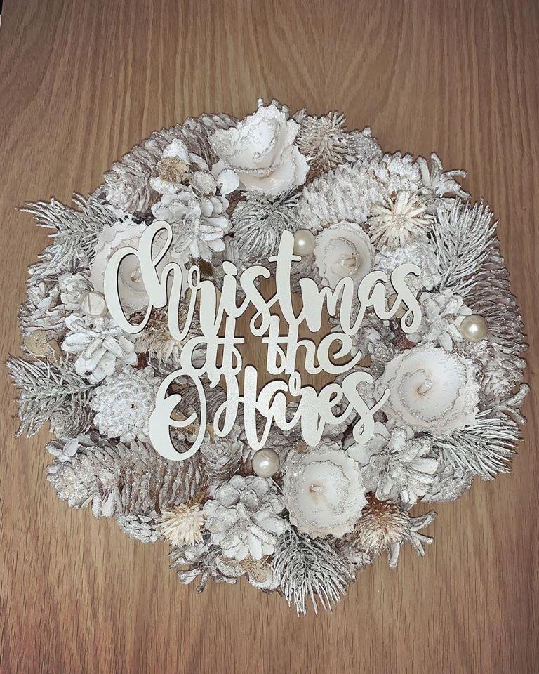 Image of personalised white christmas door wreath