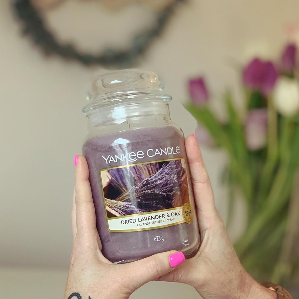 Yankee Candle® Large Jar Candle - Dried Lavender & Oak