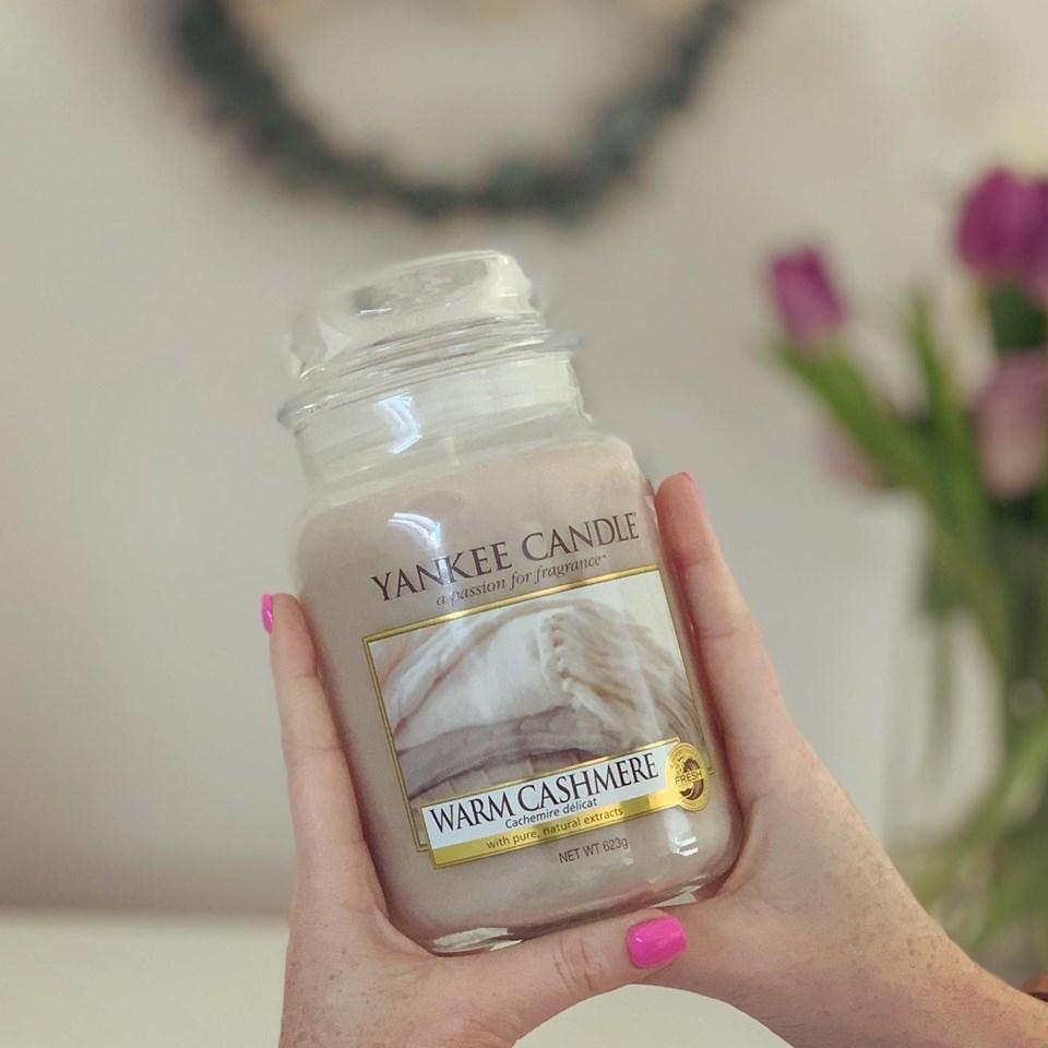 Yankee Candle® Large Jar Candle - Warm Cashmere